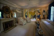 Graceland - living room
